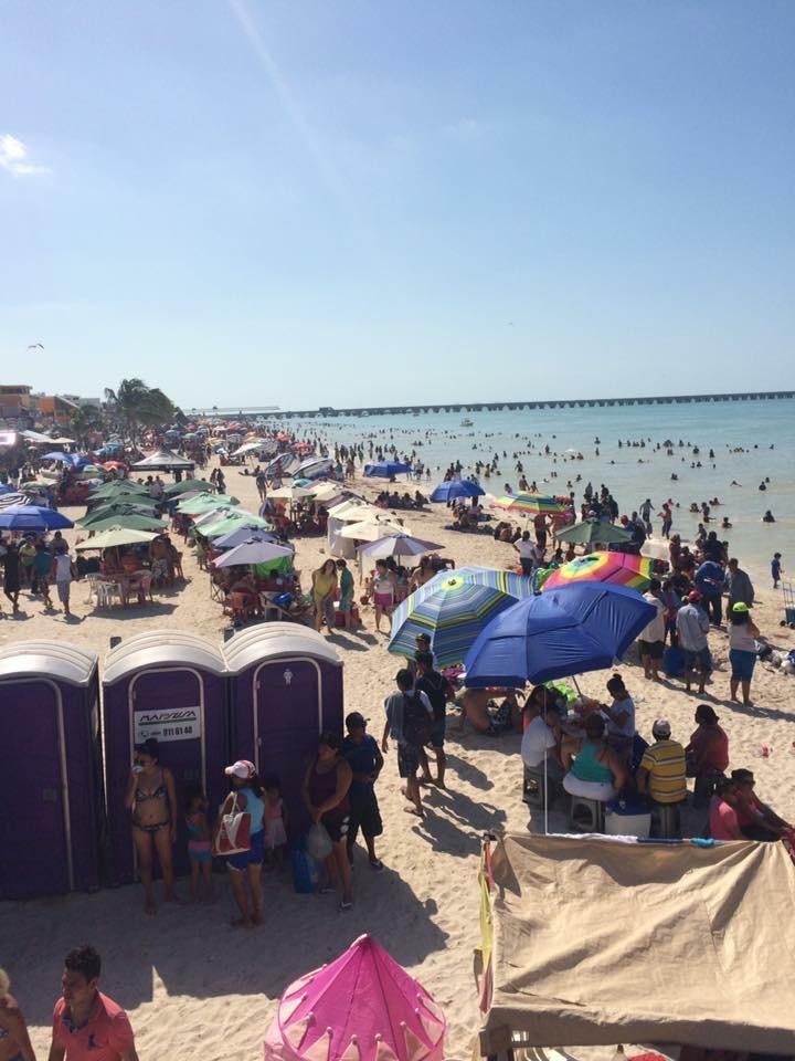 Buena afluencia de turismo en Progreso