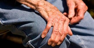 manos_anciano