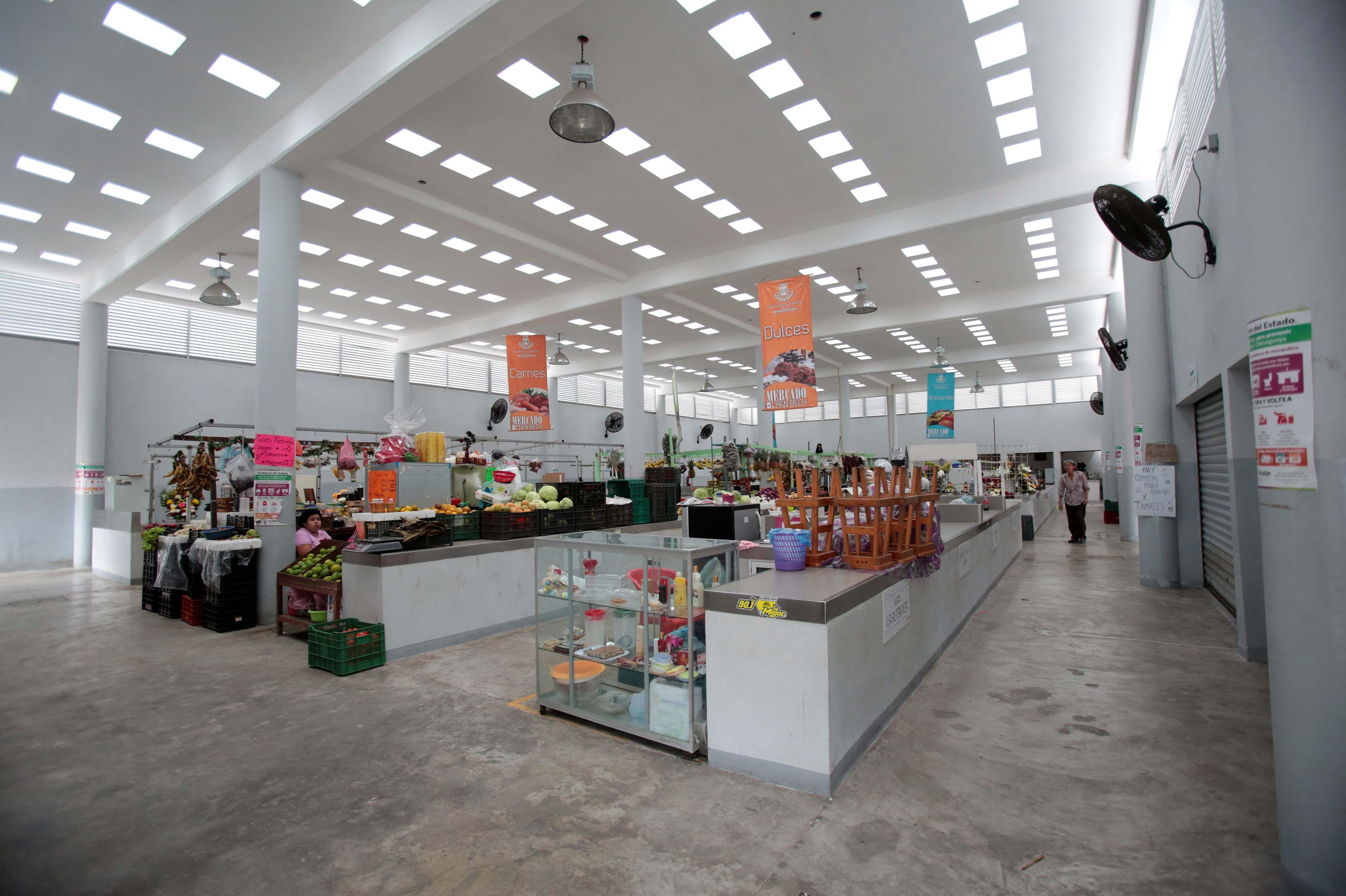 Enlista Mérida propuesta de reforma al reglamento de mercados