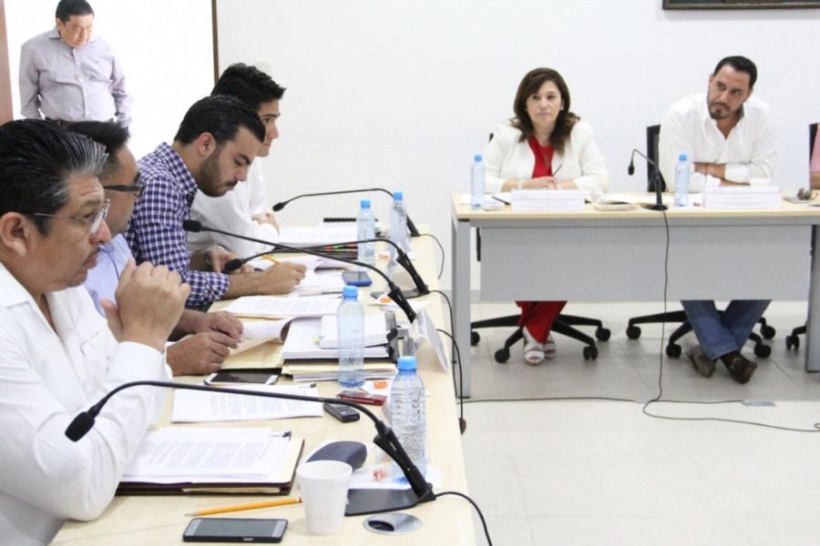 Agendan diputados otra reunión por dudas en Escudo Yucatán