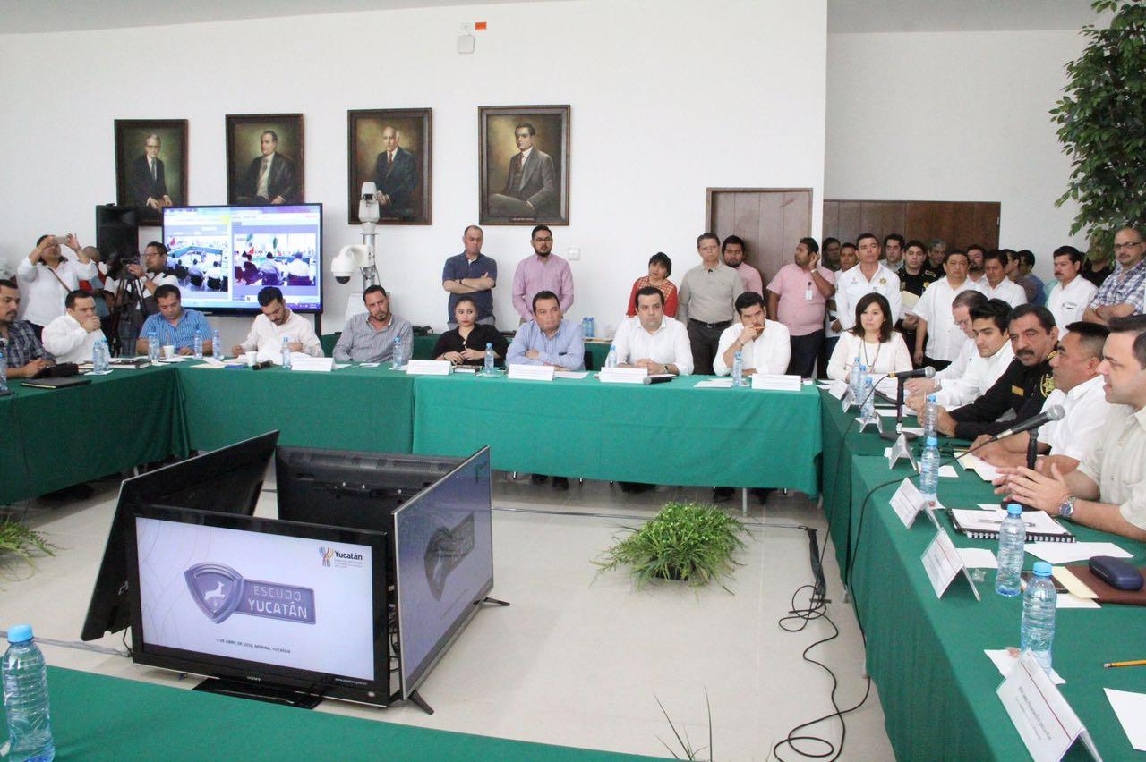 """Detallan a legisladores proyecto """"Escudo Yucatán"""""""