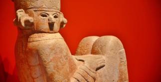 Escultura de Chac Mool. Chichén Itzá. Foto Héctor Montaño INAH_20160406_150730