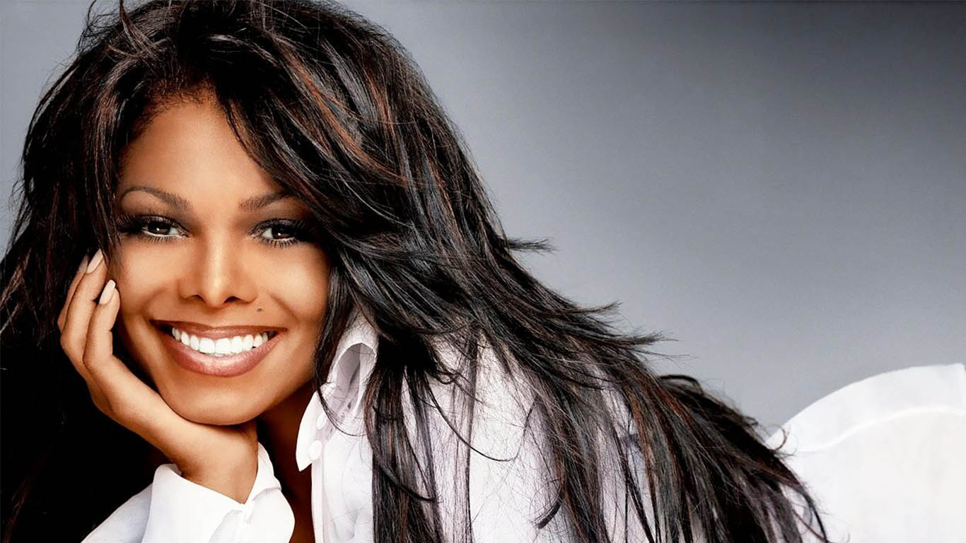 Suspende Janet Jackson su gira mundial