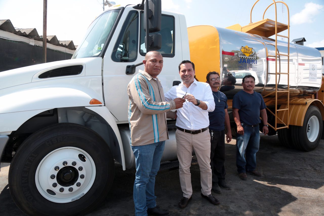 Nuevos vehículos a Obras Públicas y Servicios Públicos Municipales