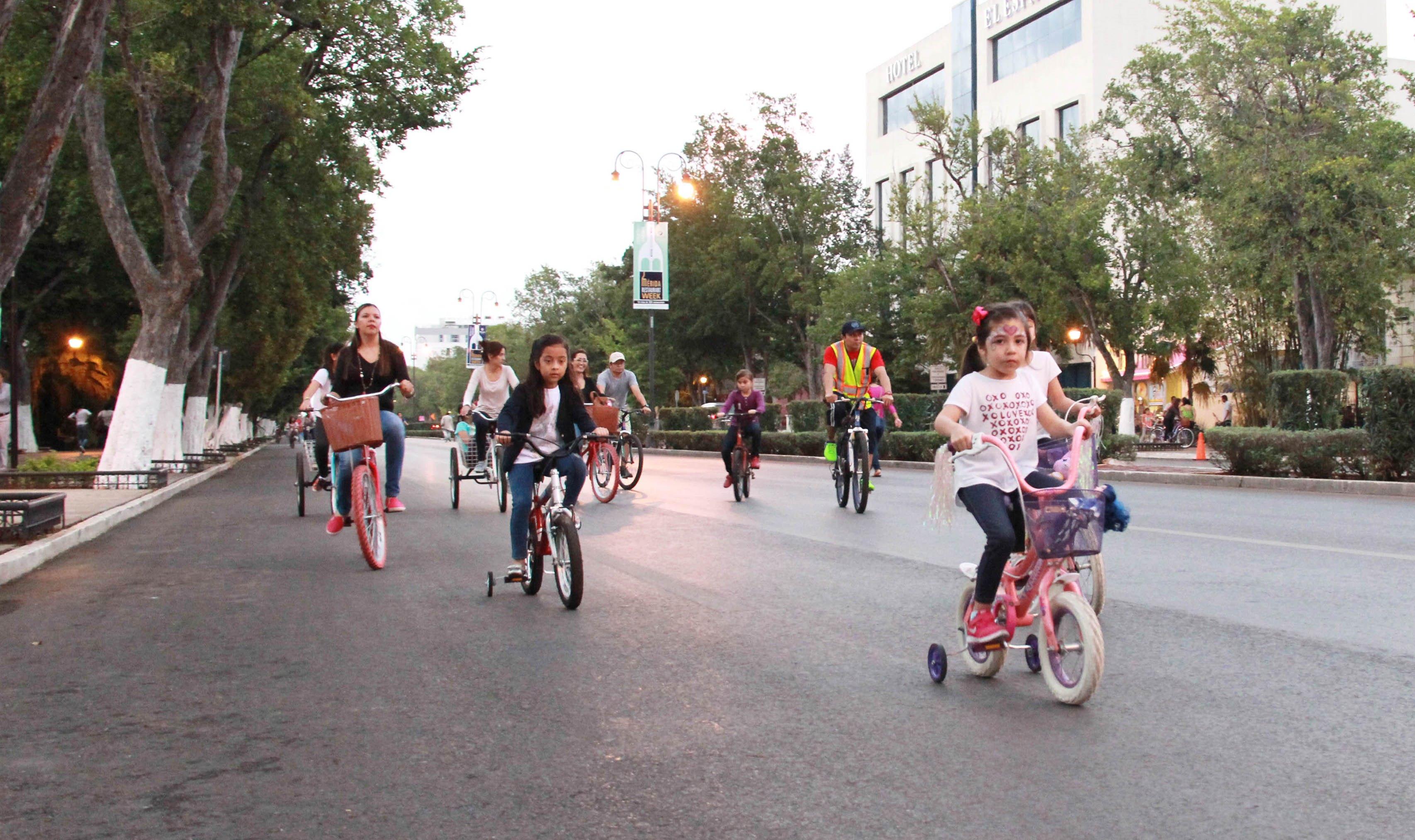 """Lanzan concurso """"Enchúlame la bici"""", por Día del Niño"""