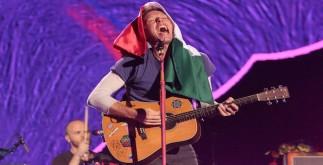 """60415193. México, 15 Abr 2016 (Notimex-Isaías Hernández).- La banda británica Coldplay, presentó con éxito el primero de tres conciertos programados en el Foro Sol, como parte de su gira """"A head full of dreams"""". NOTIMEX/FOTO/ISAÍAS HERNÁNDEZ/IHH/ACE/"""