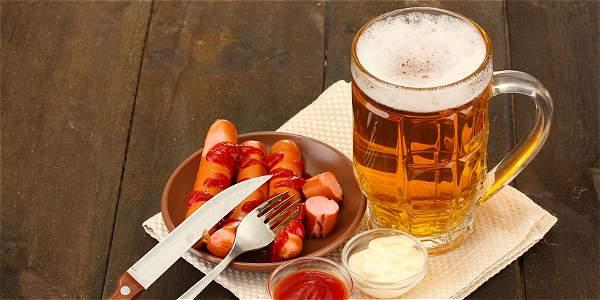 Alcohol, embutidos y sobrepeso, factores para contraer cáncer
