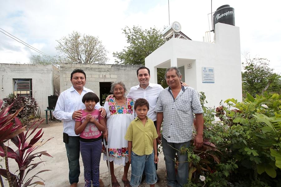Encabeza Vila entrega de obras en Cosgaya