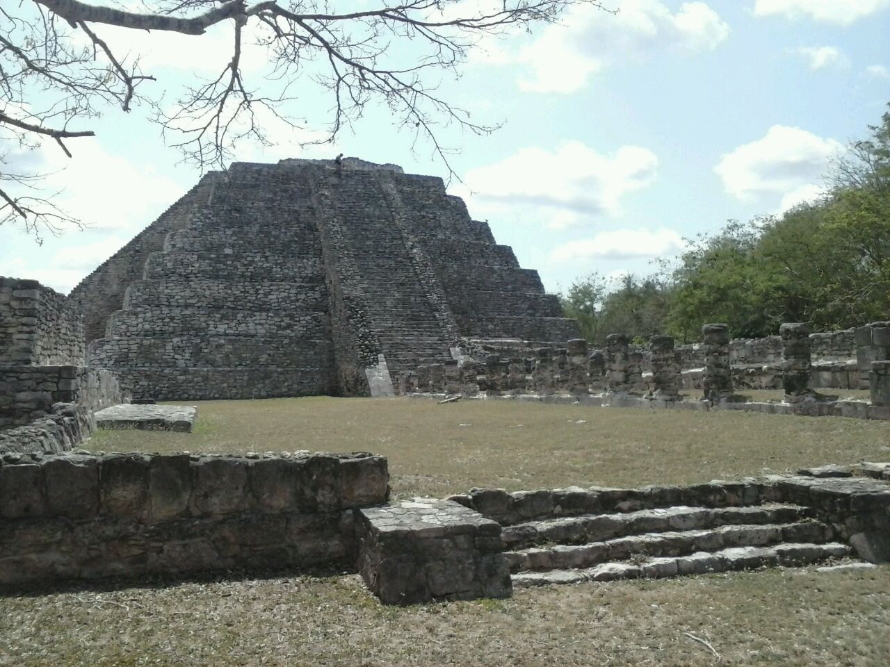 Rescate de pinturas murales y hallazgo en Mayapán