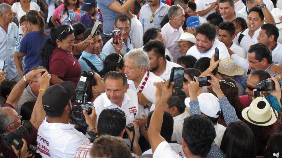 Alcaldesa de Valladolid hace campaña en QRoo