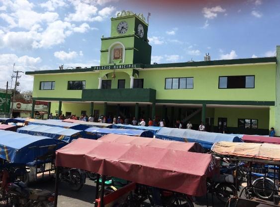 Mototaxistas en Kanasín protestan por paraderos