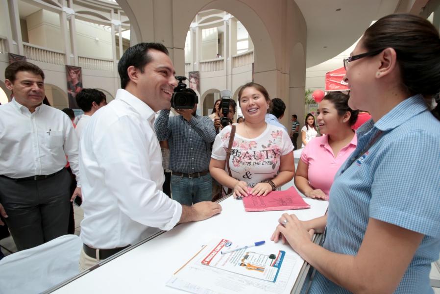 Ofrecen 400 vacantes de empleo a jóvenes en Mérida