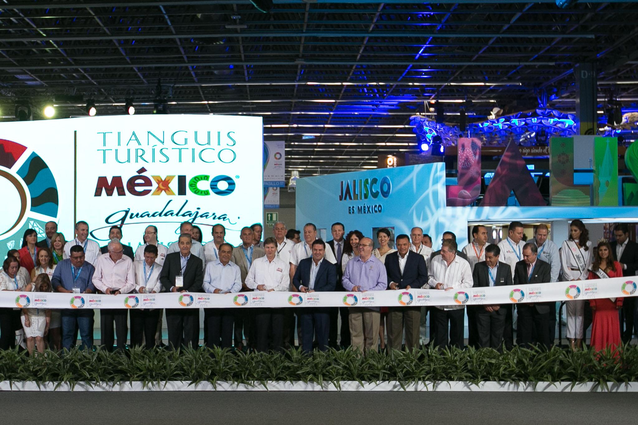 Cerca de 100 expositores de Yucatán en Tianguis Turístico 2016
