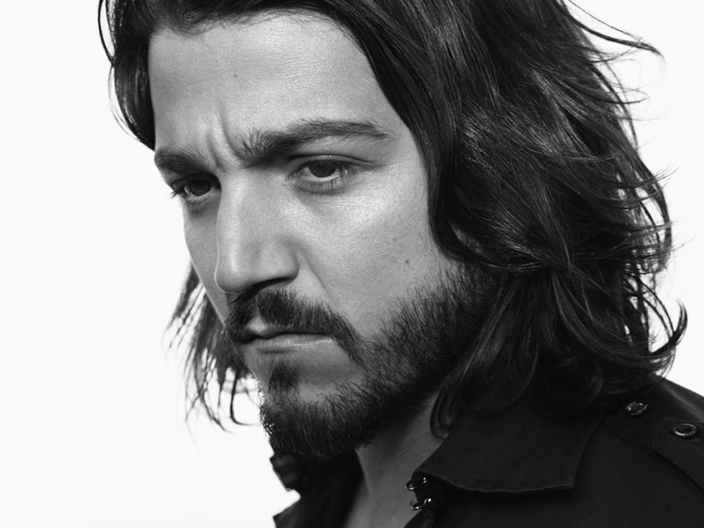 """Es un """"regalo"""" ser jurado en Cannes: Diego Luna"""