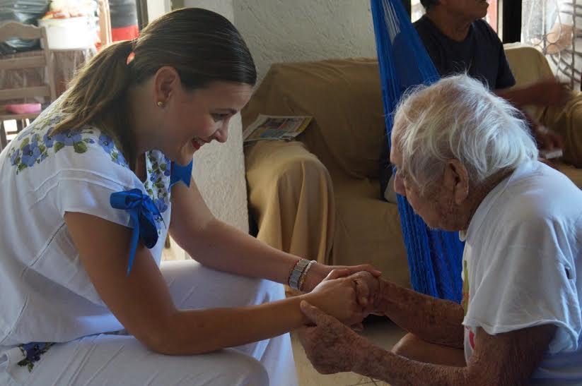 Apoyo municipal a familia afectada por desalojo en Chablekal