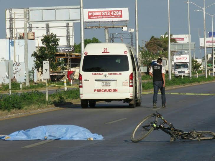 Atropellan a hojalatero en la Mérida-Cancún