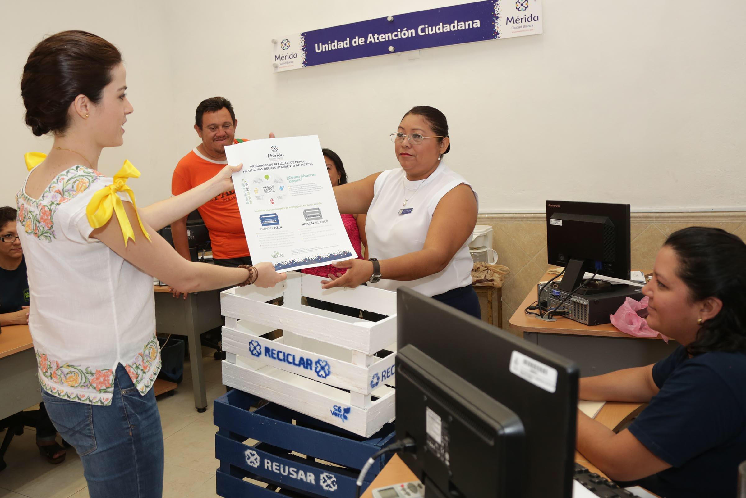 """Lanza Ayuntamiento Mérida  """"Programa de reciclaje en oficinas municipales"""""""