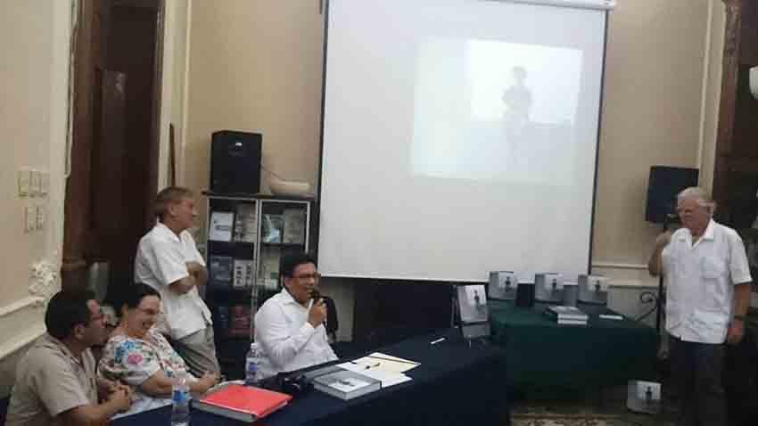 """""""Mayas contemporáneos"""", pasado y presente cultural en la península"""