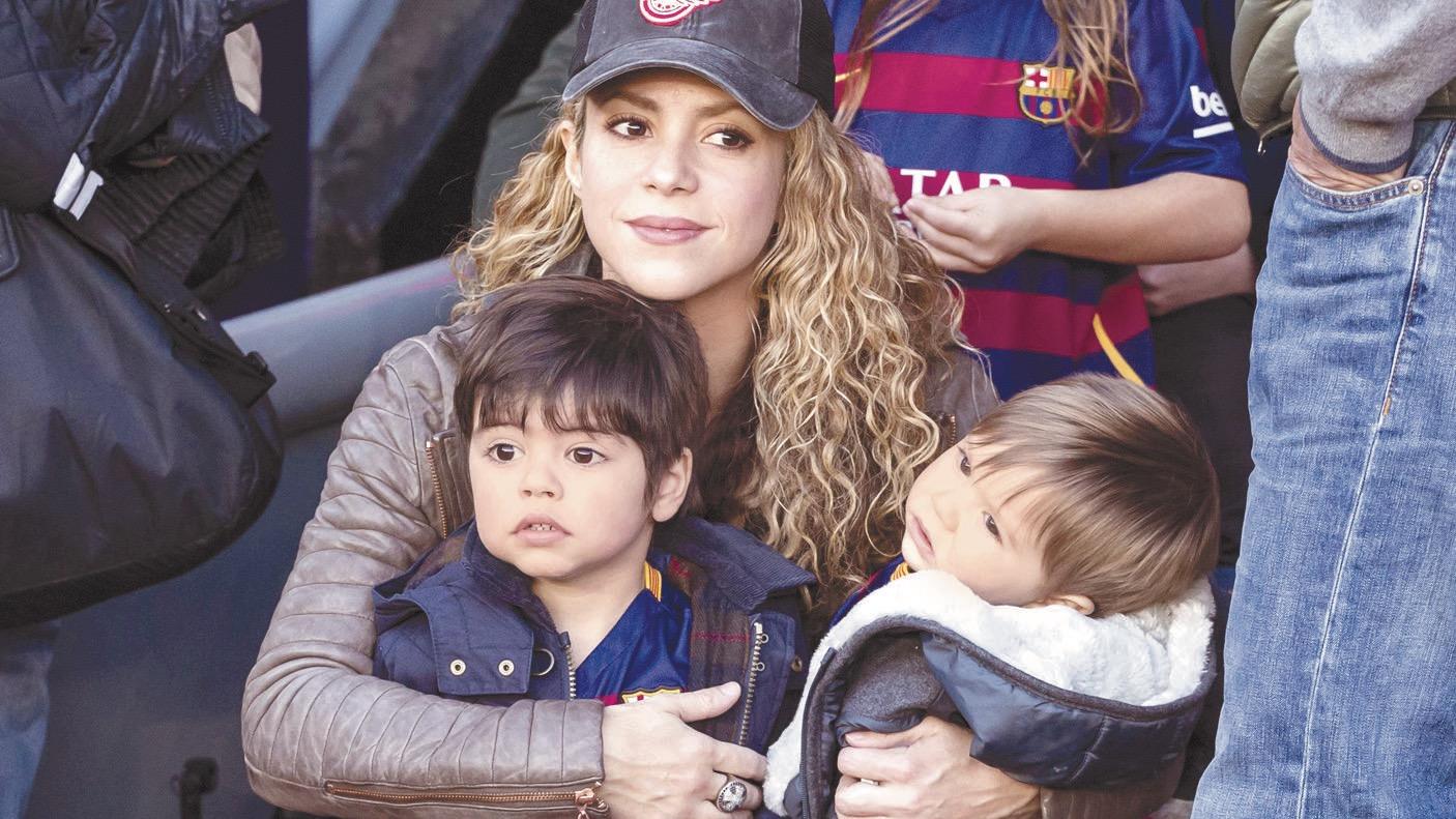 Shakira sueña que sus hijos la vean cantar en concierto