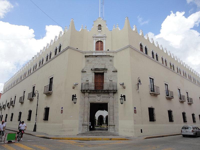 """Edificio Central UADY, candidato a """"Tesoro del Patrimonio Cultural de Mérida"""""""