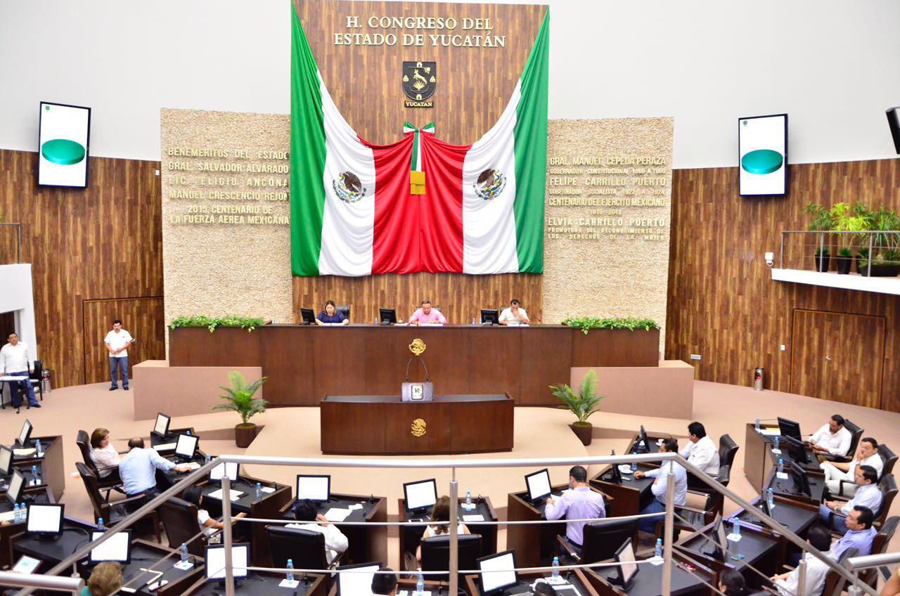 Advierten trabas y restricciones a UBER en Yucatán