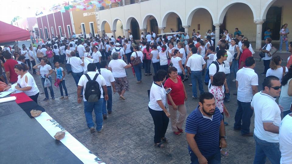 Moviliza a maestros presencia de Nuño Mayer en Yucatán