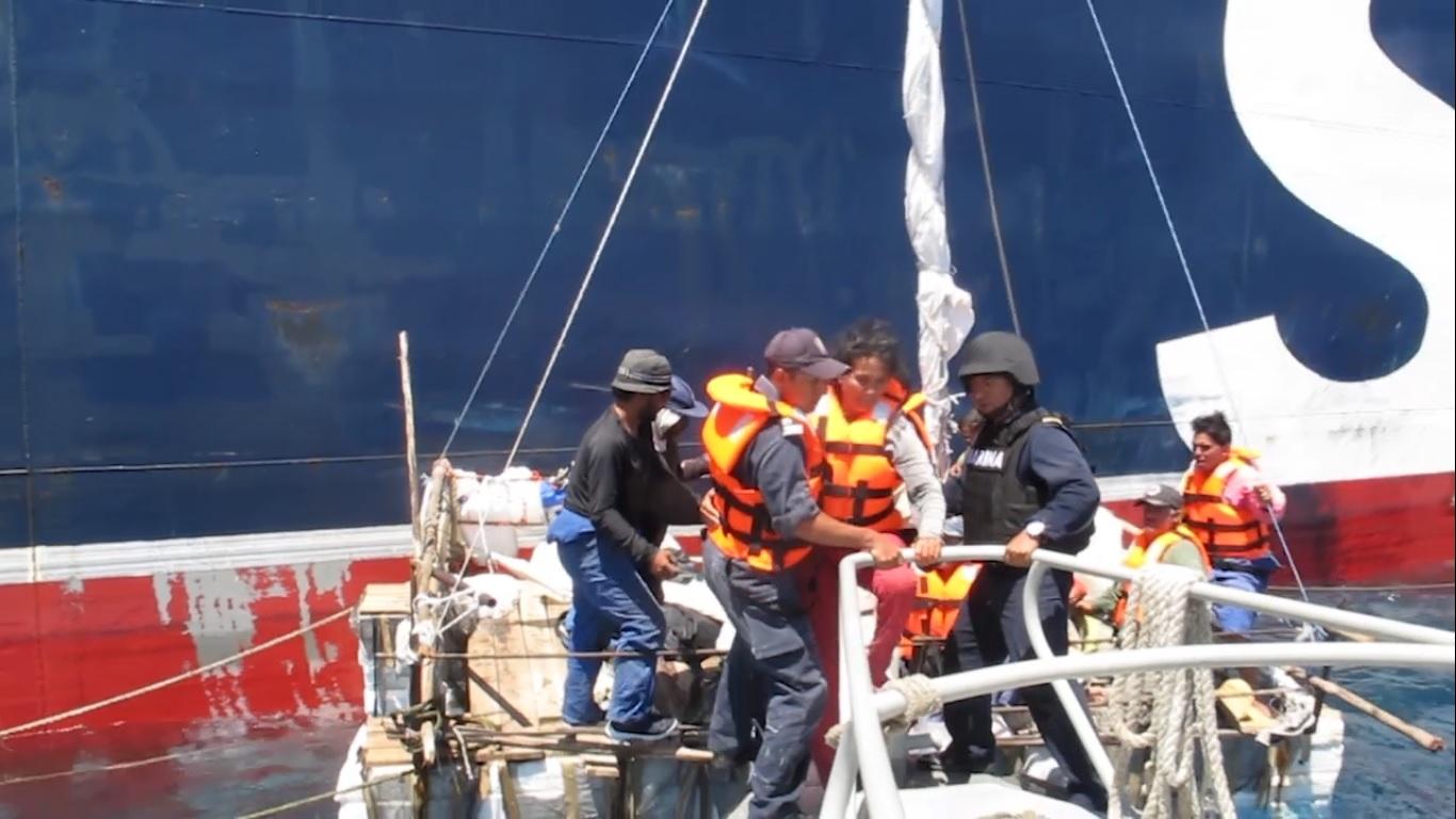 Rescatan en Golfo de México a 11 balseros cubanos