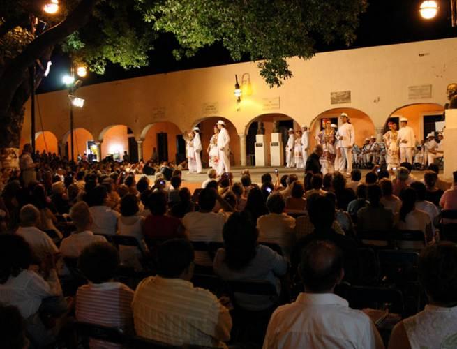 "Serenata de Parque de Santa Lucía candidata a ""Tesoro del Patrimonio Cultural de Mérida"""