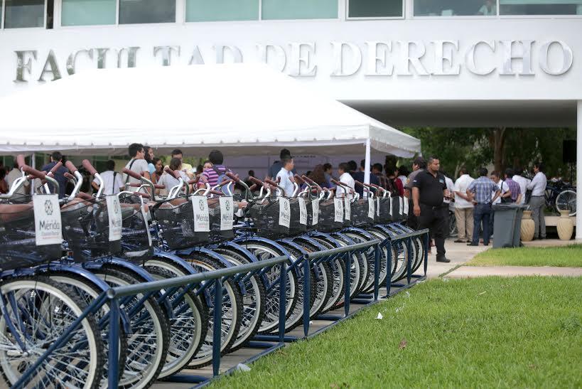 Entrega Vila Plan de Manejo de Movilidad Ciclista a UADY