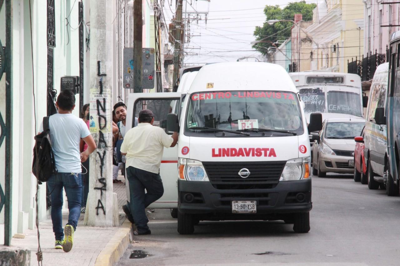Mayoría de autobuses regresan a sus paraderos