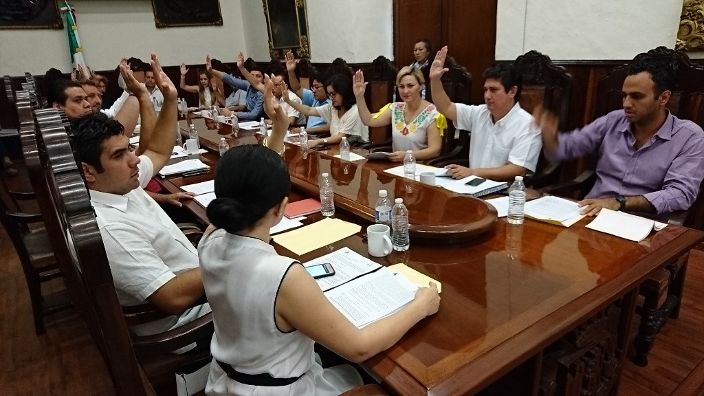 Regidores PRI-Mérida critican entrega de espacios a empresarios