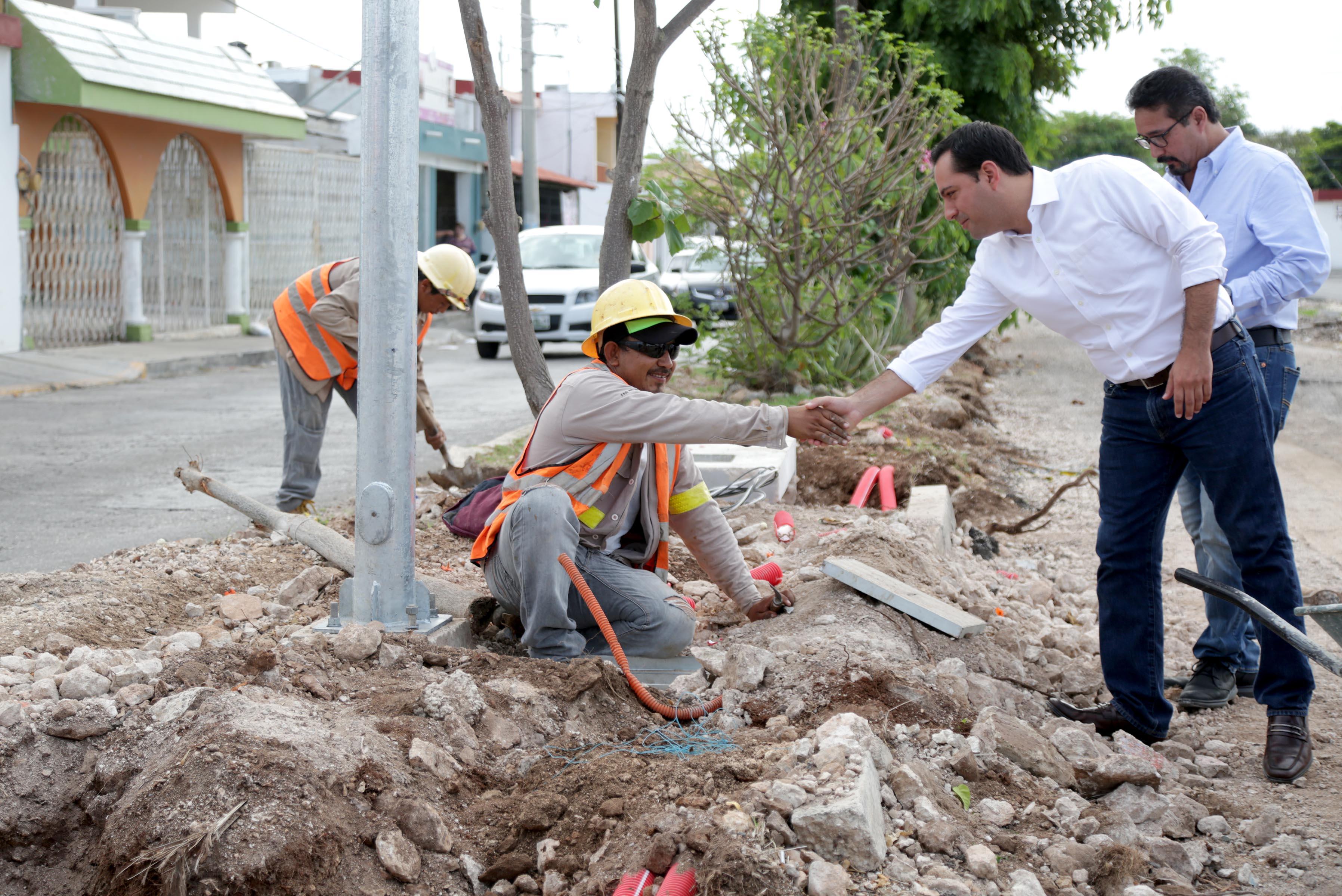 Mejoramiento urbano en zona de Cordemex, con 53% de avance