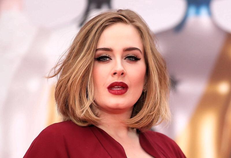 Adele se muda a EU a lujosa casa