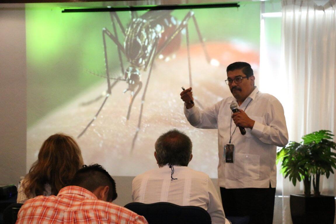 Expertos intercambian conocimiento sobre dengue, chikungunya y zika