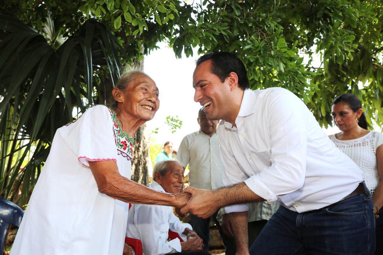 Obras y acciones en tres comisarías de Mérida