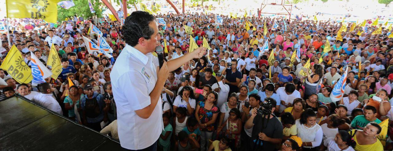 Aventaja Joaquín González en QRoo