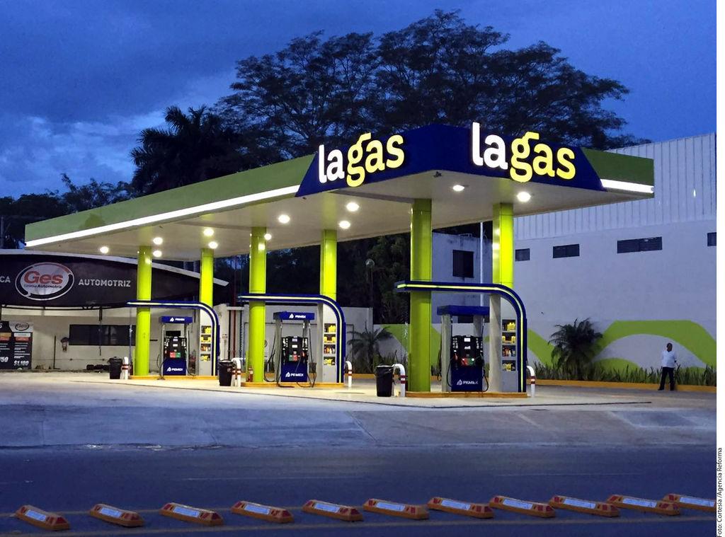 Concluye reinado de Pemex en gasolineras