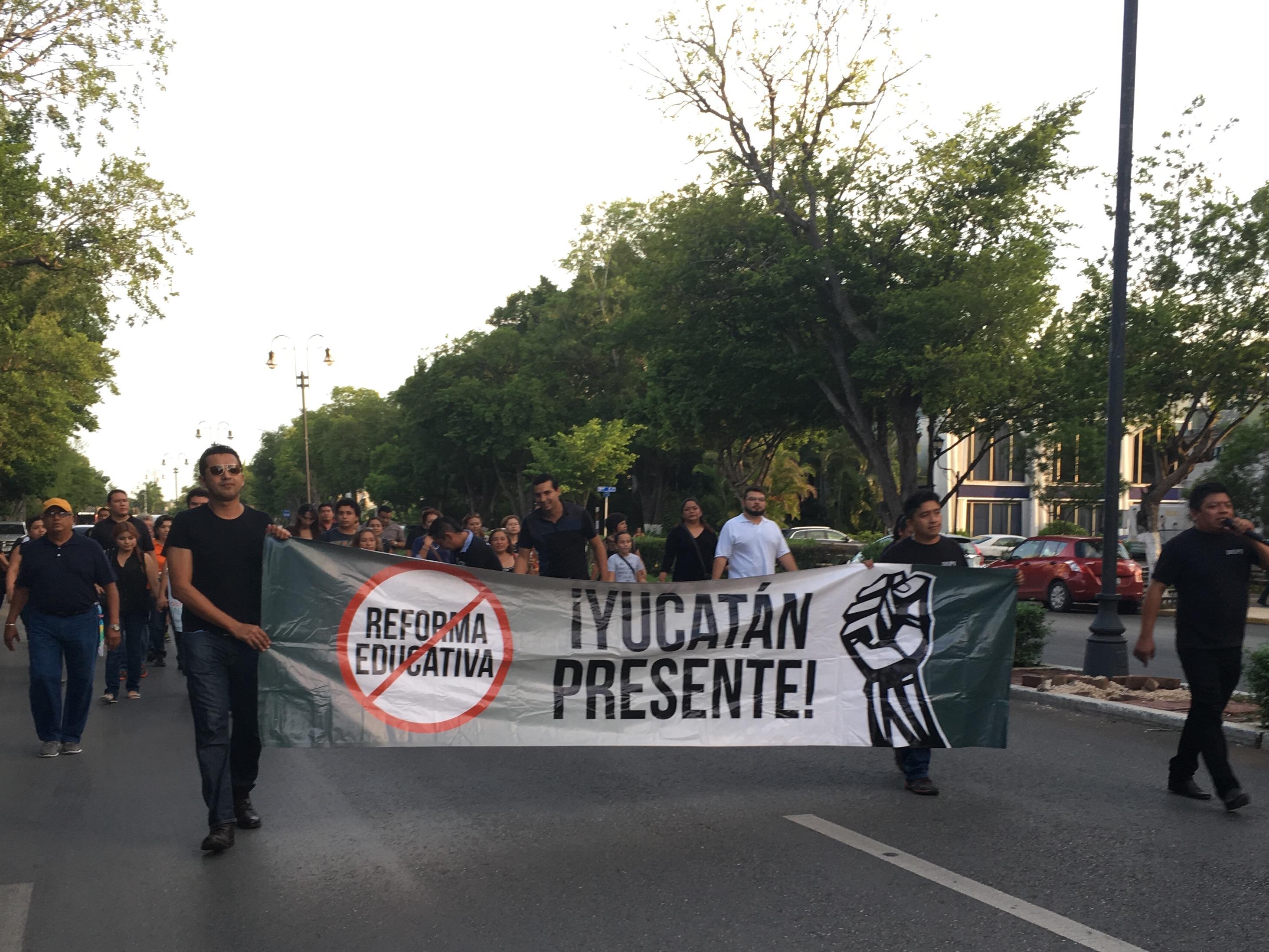 Asoma magisterio yucateco en lucha nacional