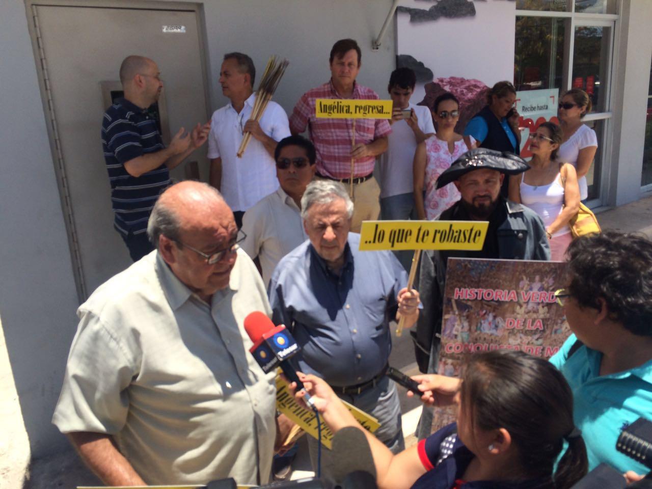 Rechaza colectivo ciudadano pago por luminarias en Mérida