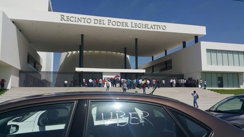 Frena Uber Ley de Transporte de Yucatán