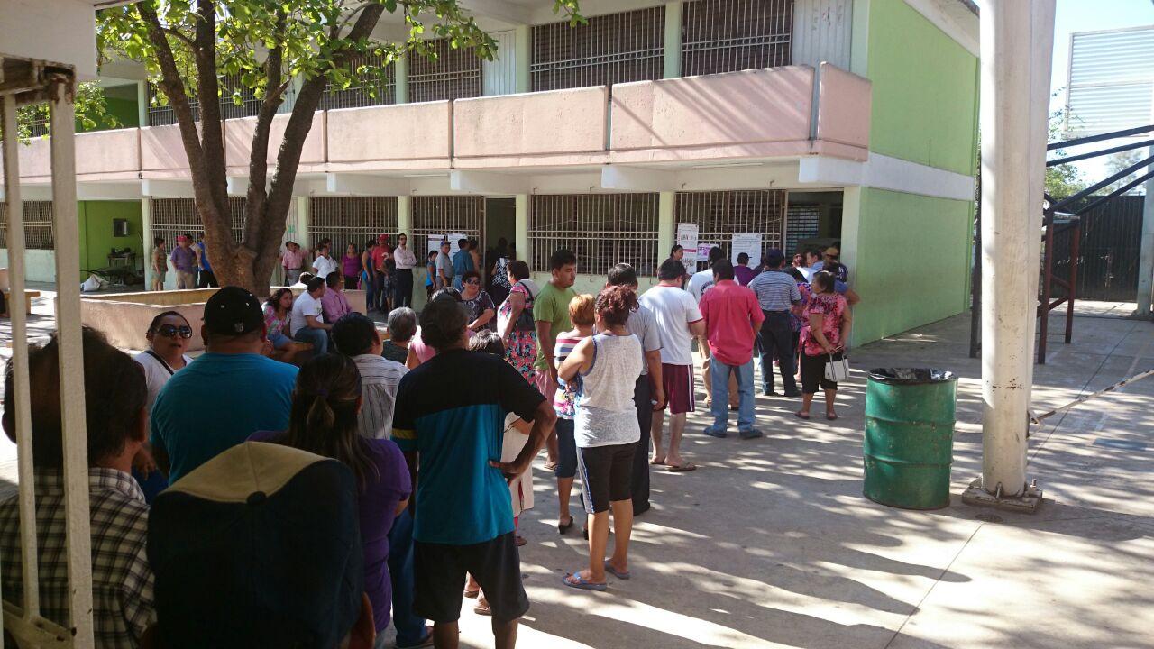 Explorarán perredistas alianza opositora en Yucatán