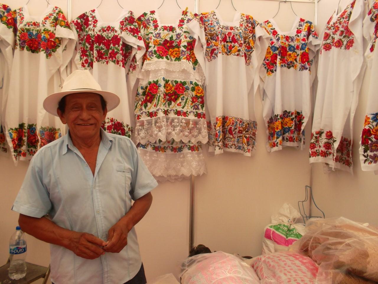 El hipil, símbolo de identidad yucateca