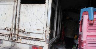 camioneta_dentro_comercio