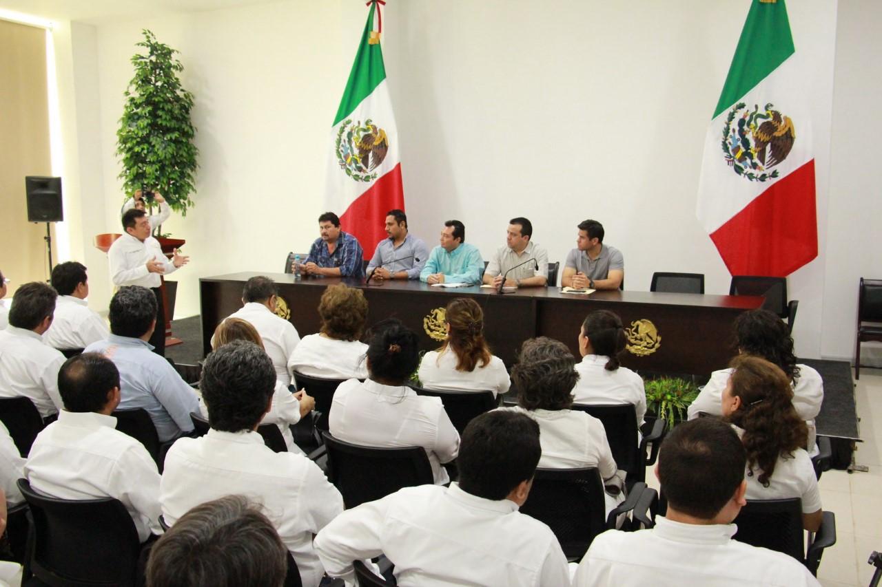Líderes de SNTE-Yucatán piden ayuda a Congreso yucateco