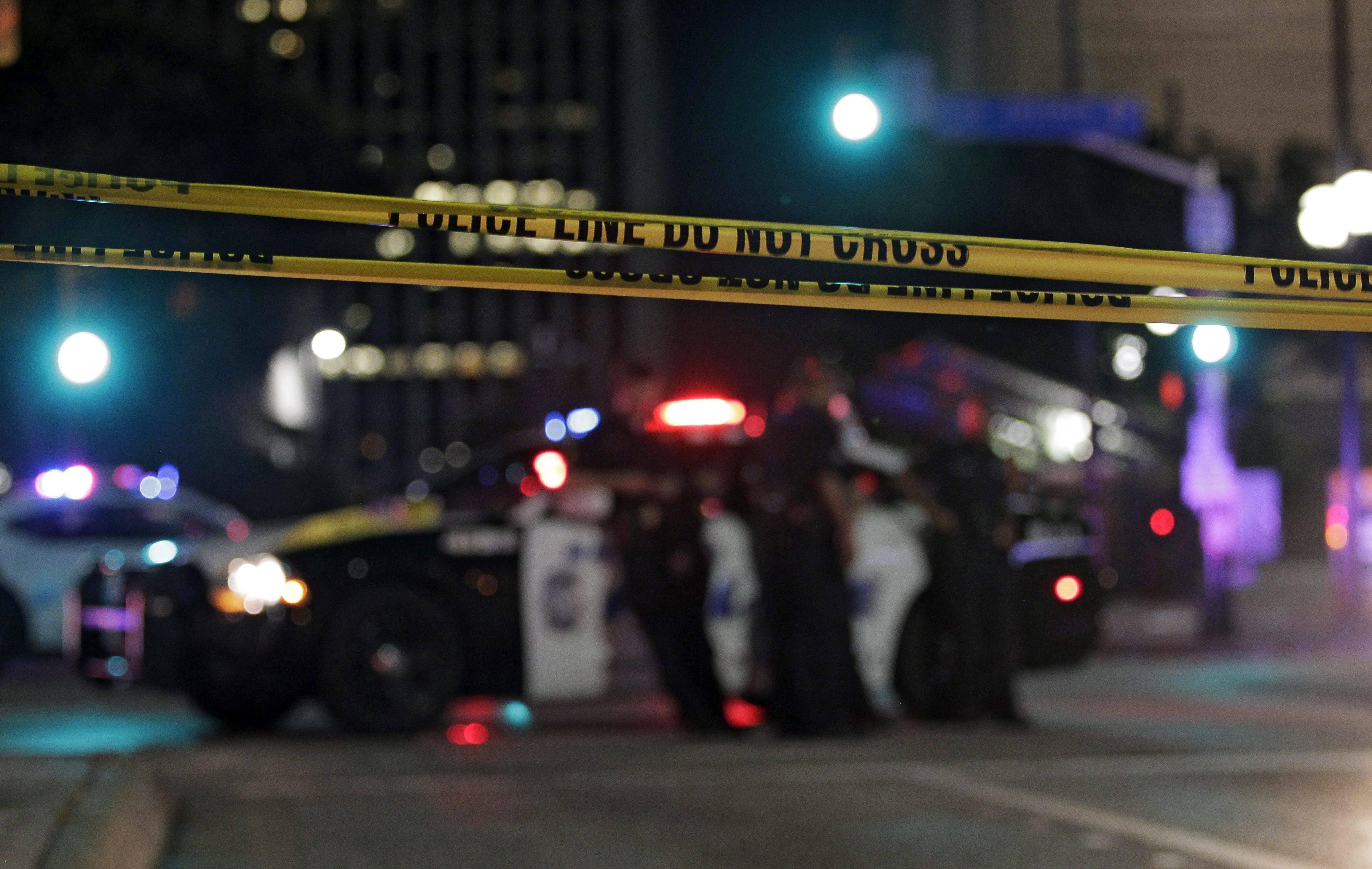 Dallas amanece en shock y acordonada: muere uno de los sospechosos del tiroteo