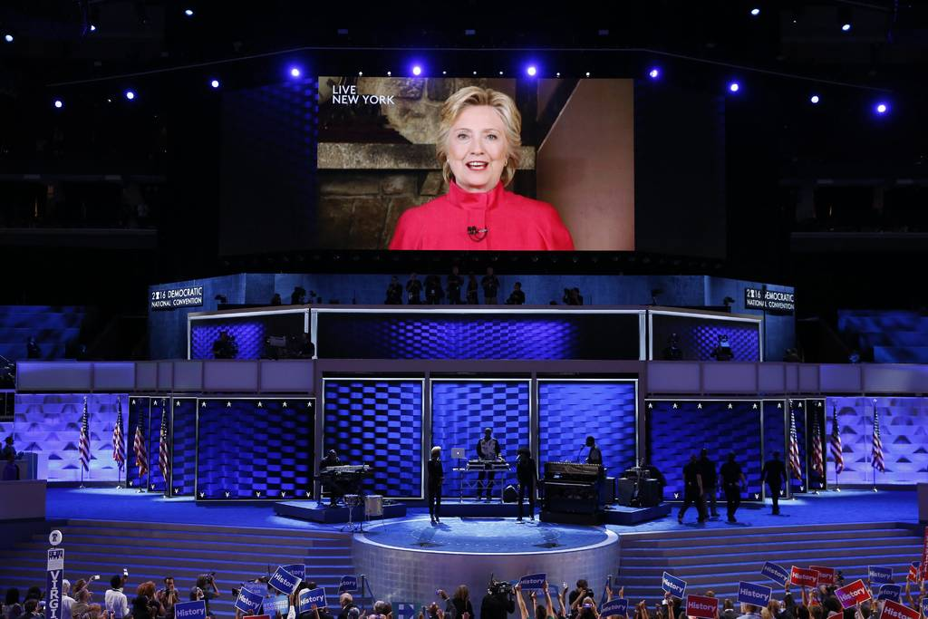 Hillary hace historia, es la primera candidata
