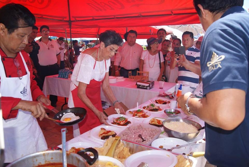 Concurrido Festival del Huevo en Motul