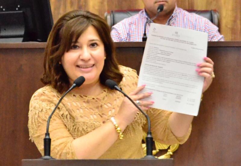 "Truena Celia Rivas contra ""artimañas panistas"""