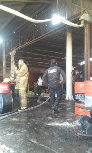 Incendio y movilización de bomberos en Sitpach