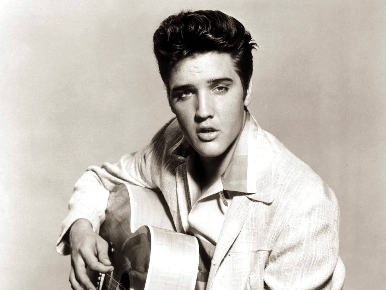 Subastarán artículos invaluables de Elvis Presley